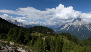 Panoramica valle del Boite dal monte rite