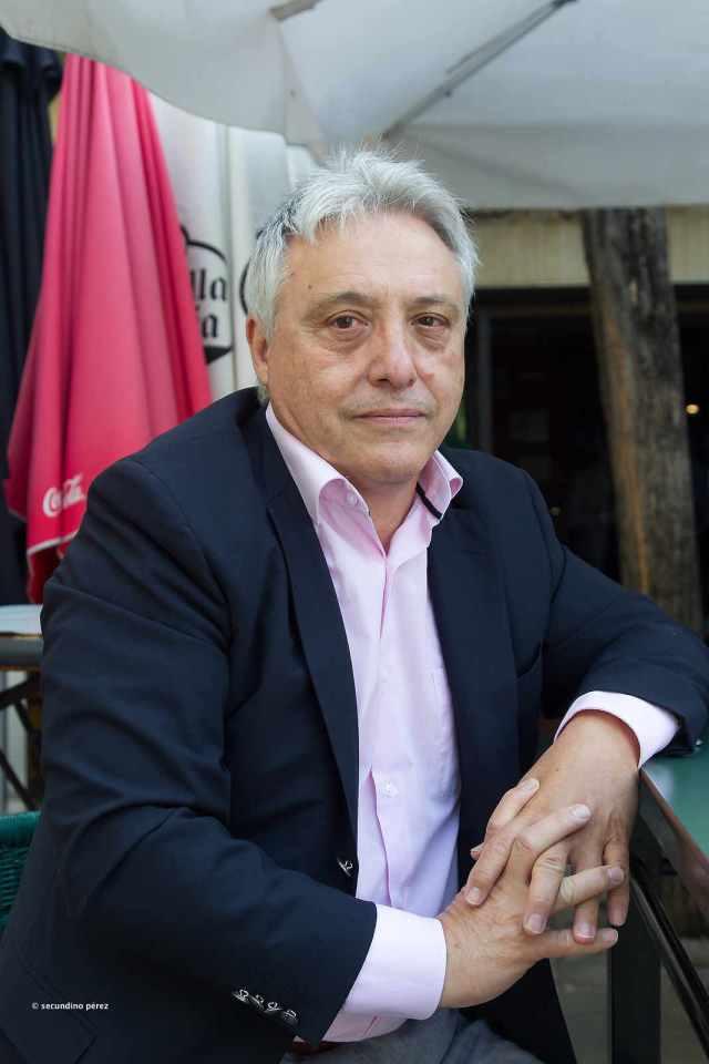 Vicente en bar León Antiguo