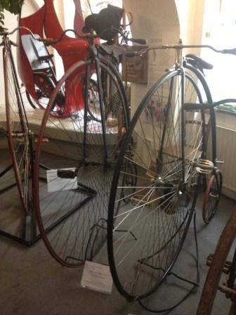 HUGE front wheels!