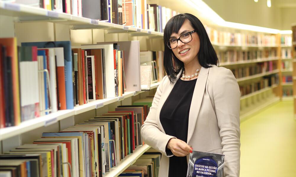 Litoral Magazine - Com Alguém: Leonor Reis