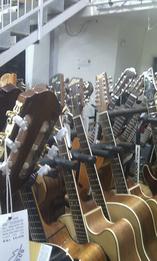 Guitars for Palestine (6/6)