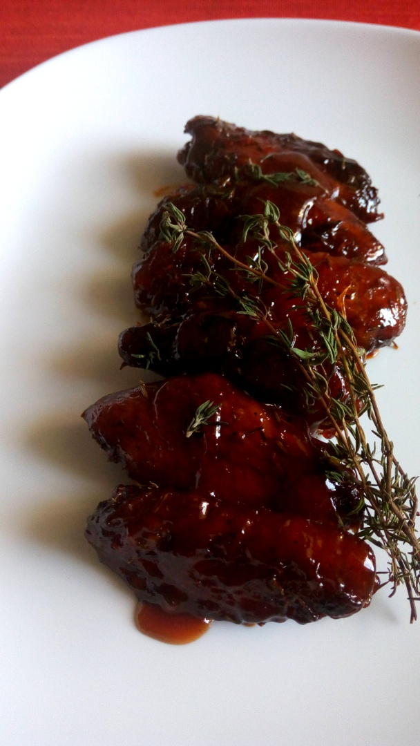 barbecued-thyme-garlic-chicken-wings-leotunapika