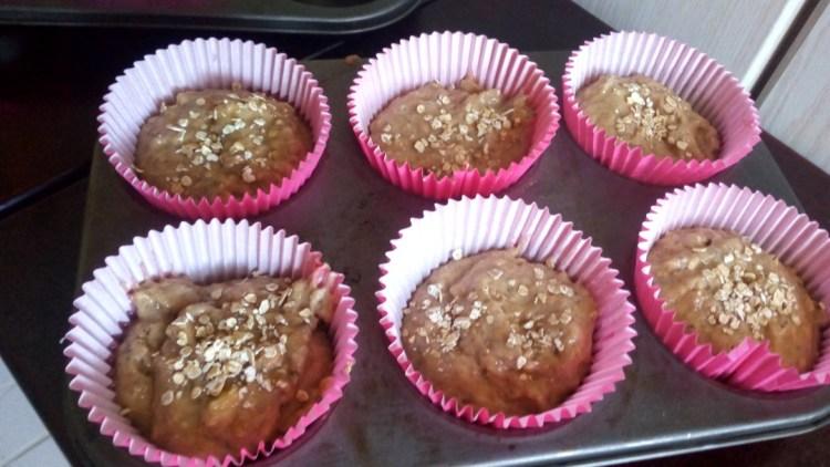 oat-chia-seeds-banana-muffins-leotunapika-16