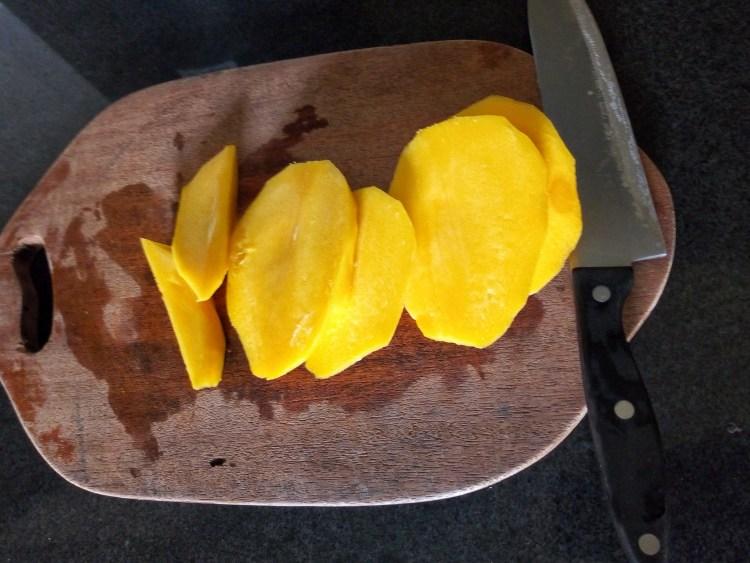 mango-pepper-salad-leotunapika