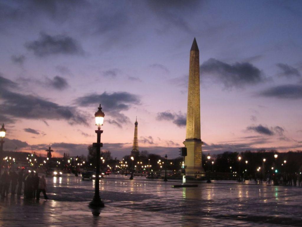 place-de-la-concorde-paris-france+1152_12987374619-tpfil02aw-31304