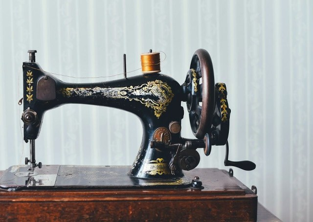histoire de la machine à coudre