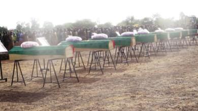 Photo of EMBUSCADES CONTRE DES FDS A BARABOULE :  Les 8 soldats tués reposent désormais au cimetière de Oufré à Ouahigouya