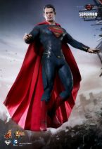 Man of Steel Hot Toys 03