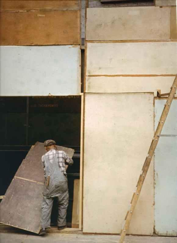 Saul Leiter - Mondrian Worker - 1954