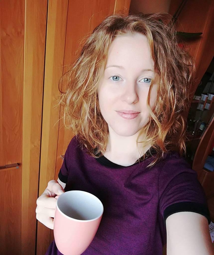 Im bardziej ubywa kawy z kubka tym jako umiech jakbyhellip