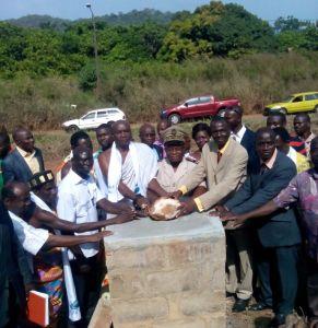 La pose de la première pierre de l'édifice qui va accueillir l'Ambassade régionale du Gontougo