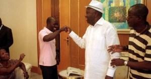 Laurent Gbagbo recevant Charles Blé Goudé.Ph.Dr