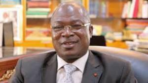Le Général Issa Coulibaly, Directeur général des Douanes ivoiriennes a beau s'expliquer, les dernières mesures de sa direction sont qualifiées d'inopportunes.