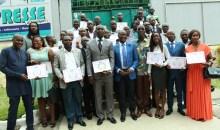 L'UA a remis officiellement les diplômes de formation à deux promotions des journalistes #unjci