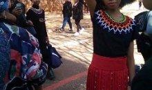 Rentrée scolaire en Afrique du Sud : les enseignants vont en guerre contre  les écolières aux cheveux crépus.