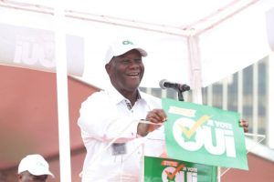 """Le message pour le """"oui"""" du chef de l'Etat Alassane Ouattara semble n'avoir pas encore été bien perçu par une frange de la populations. Ph. Dr"""