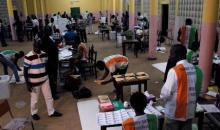 Référendum en Côte d'Ivoire: les résultats partiels donnés au compte-goutte