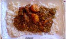 Recette du jour : Gombo grillé à la viande de bœuf, accompagné de  riz blanc.