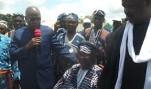 Investiture du chef de canton : le ministre Issa Coulibaly prône la cohésion sociale et la paix à Komborodougou #Tradition
