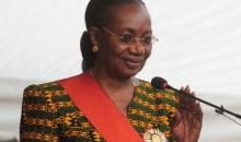 Festivités de l'an 57 de l`indépendance de la Côte d`Ivoire: la Grande Chancelière invite la classe politique à plus de responsabilité #Crise