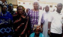 Soutien aux grands ménages de Man : une Ong offre du matériel d'assainissement à plusieurs femmes