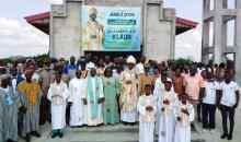 [Côte d'Ivoire/Religion] La ministre Anne Ouloto offre une chapelle à Klaon