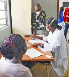 [Côte d'Ivoire]Emilienne est rejetée par sa famille, ses amis et connaissances, à cause de la tuberculose