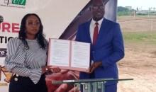 [Célébration de l'excellence] Le promoteur immobilier E2JS et l'UNJCI signent un partenariat pour récompenser le Super Ebony 2021