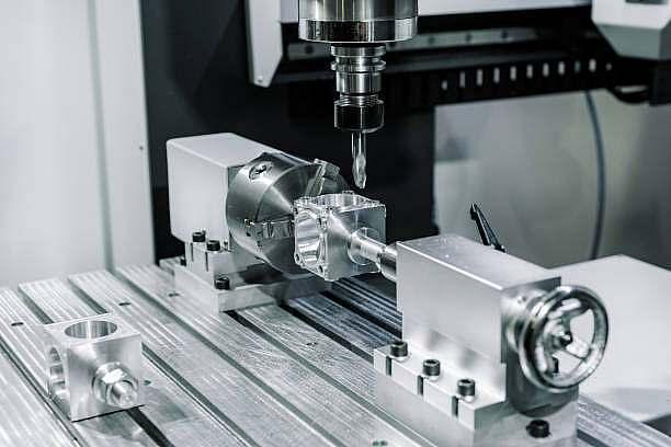 CNC Lohnfertigung - Metallverarbeitung