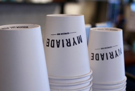 Verre-Café-Myriade