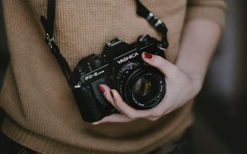 Czym się kierować przy wyborze aparatu fotograficznego?