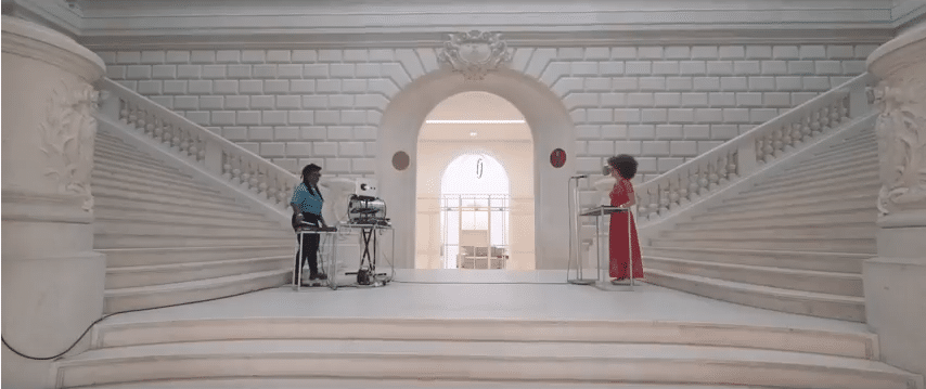 "Le duo Afrodite présente ""Close To Me"""