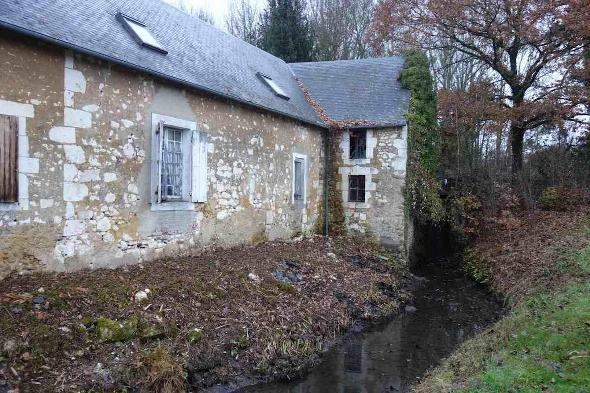 le canal de fuite du moulin