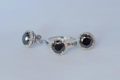 Black Diamond Jewelry Set w/Pendant
