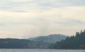 If you look closely, you can see what is smoke from a forest fire  that was about 20km away from Achray.  But we did smell the  fire on the first day from time to time.