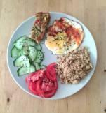 La santé selon Eva : flan de légumes variés, oeuf au plat, semoule complète