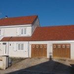 photo d'une maison dont la toiture a été rénovée par les Charpentiers montbardois à Montbard