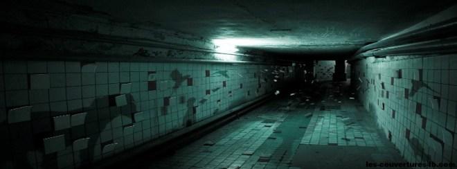 fond couloir- Photo de couverture journal Facebook