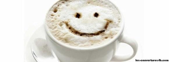 tasse café-photo de couverture journal facebook