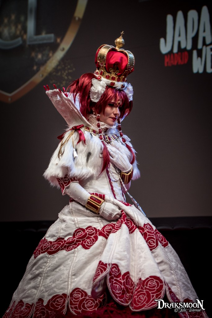 Queen Esther (Trinity Blood) par Irina Romanov