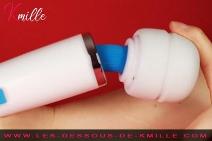 Kmille teste le vibromasseur externe Europe Magic Wand.