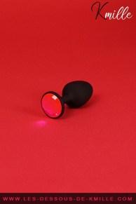 Test d'un plug anal avec bille oscillante, de la marque Dorcel.