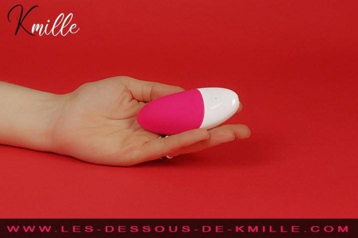 Kmille teste le stimulateur de clitoris musical Lelo Siri 2.