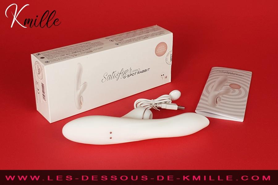 Kmille teste le stimulateur avec effet de succion, Satisfyer Pro G-Spot Rabbit.