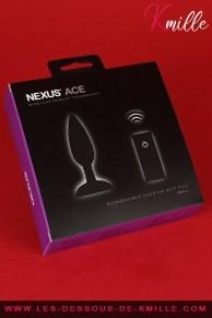 Céd' teste le plug anal vibrant et télécommandé Ace, de Nexus.