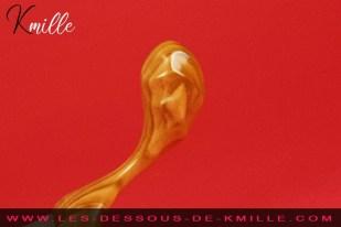 Kmille teste le sextoy en bois Orchidée Structurée, de Idée du Désir.