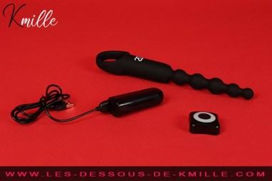 Test d'un stimulateur anal télécommandé, de la marque Amoressa.