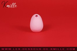 Test d'un stimulateur de clitoris sans contact avec vibration, de la marque Biird.