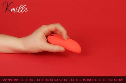 Kmille teste le stimulateur Touch X, de la marque We-Vibe.