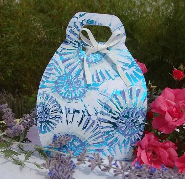 boîte cadeau sacoche bleue